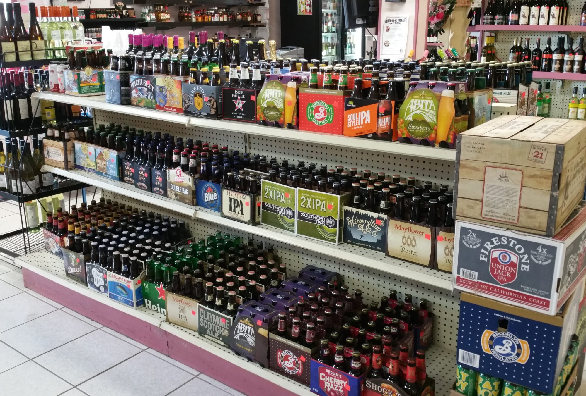 Pontoosuc Package Store